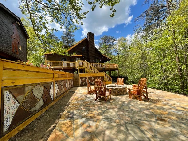 Bearadise cabin.