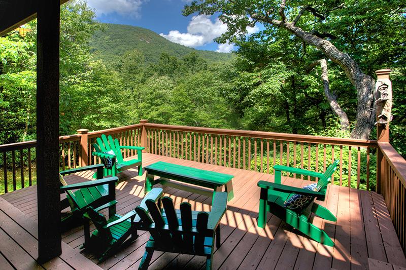 Beautiful view of Yonah mountain at Mountain Hydeaway.