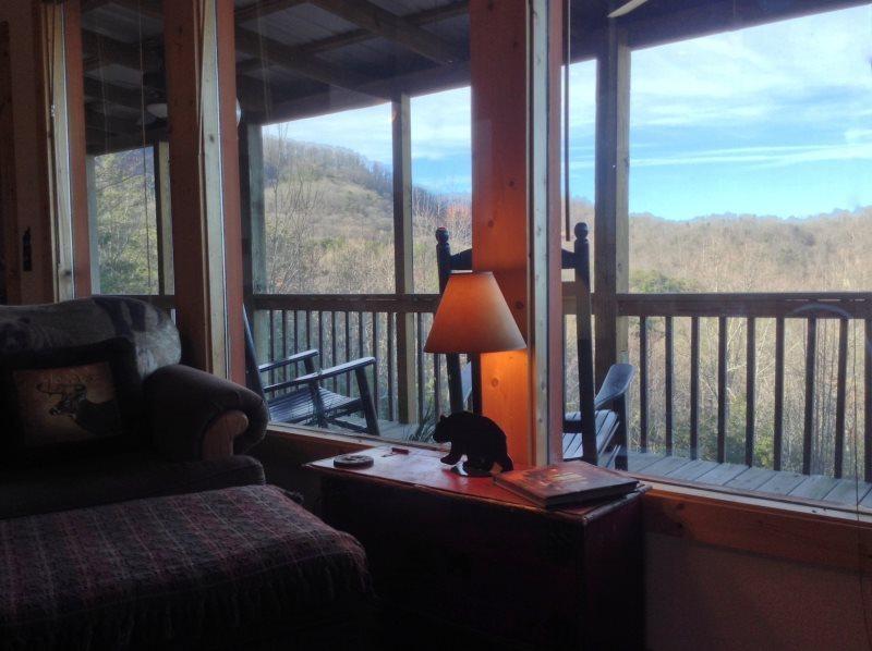 3 bedroom luxury vacation cabin near helen ga yonah mountain for 8 bedroom cabins in helen ga